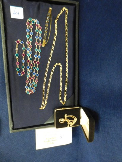 GOEBEL COLLECTOR CLUB NECKLACE W/OB AND COSTUME MONET LINK NECKLACE, COLORE