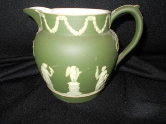 WEDGWOOD  PITCHER JASPER WARE