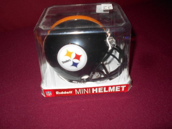 STEELERS RIDDELL SUBERBOWL XL CHAMPIONS MINI HELMET AUTOGRAPHED BY HINES WA