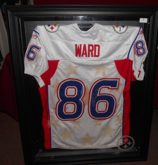 HINES WARD AUTOGRAPHED PRO BOWL JERSEY IN BLACK CASE