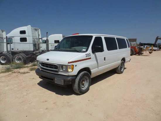 *2001 Ford E-350 XL Super Duty Passenger Van