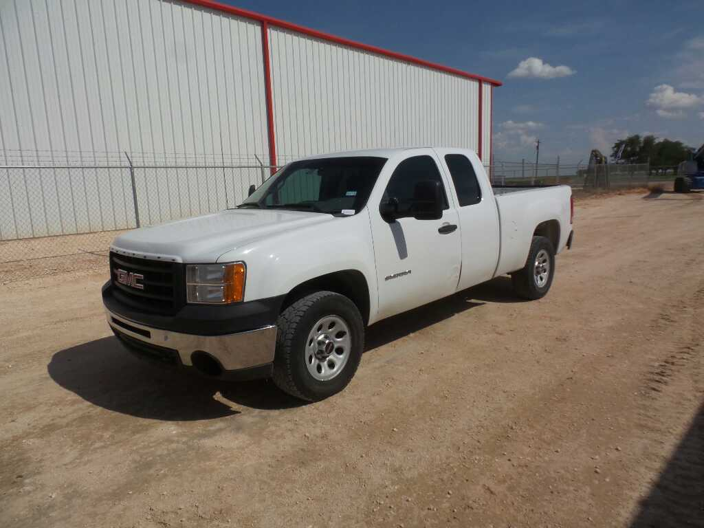 *2011 GMC Sierra Pickup
