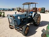 Ford 2000 Tractor ( Does not Run)