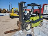 Clark C30L Forklift ( Does not Run)