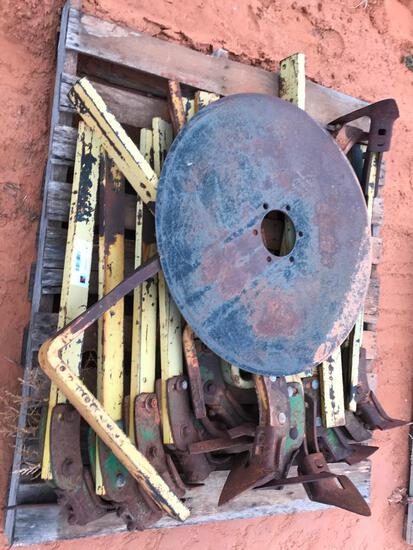 Pallet with Cultivator Shanks