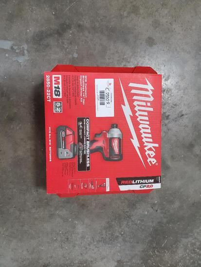 M18 Milwaukee 1/4? Hex Impact Drive