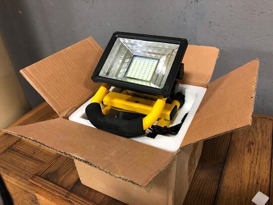 (2) 300 W 60 LED Portable Flood Light