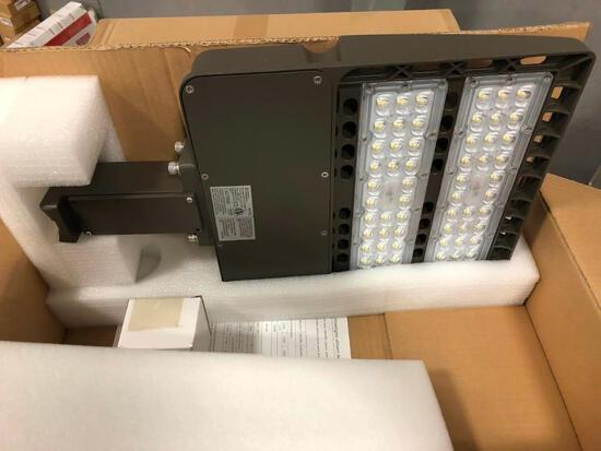 LED Pole Mounting Parking Lot Light 200W