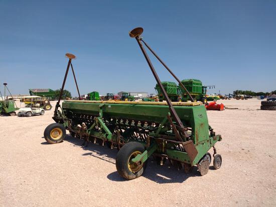 John Deere 520 20 Ft Seed Drill