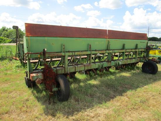 Great Plains Soybean Machine 15R15