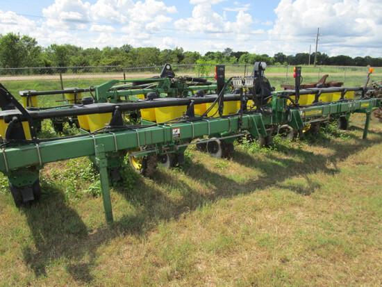 JD 1700 XP Planter