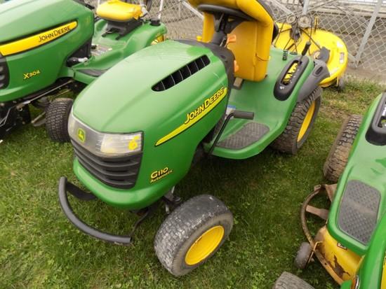 JD G110 Lawn Tractor w/ 42'' Deck