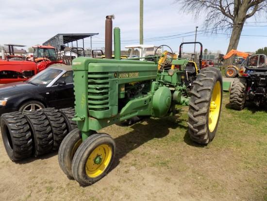 John Deere A Tractor, Narrow Front