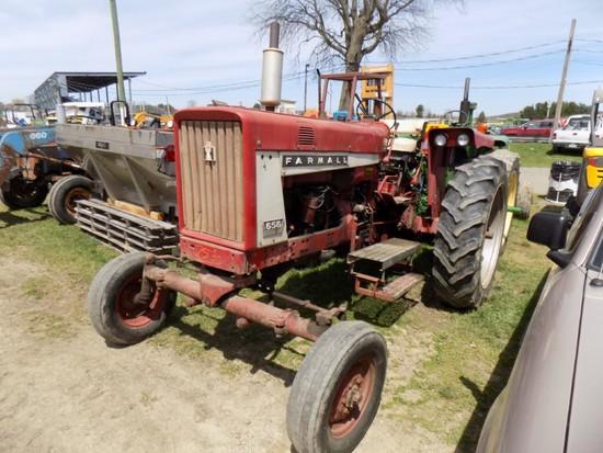 IH Farmall 656 Gas Tractor