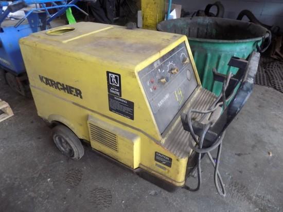 Karcher Steam Cleaner, Model HDS580