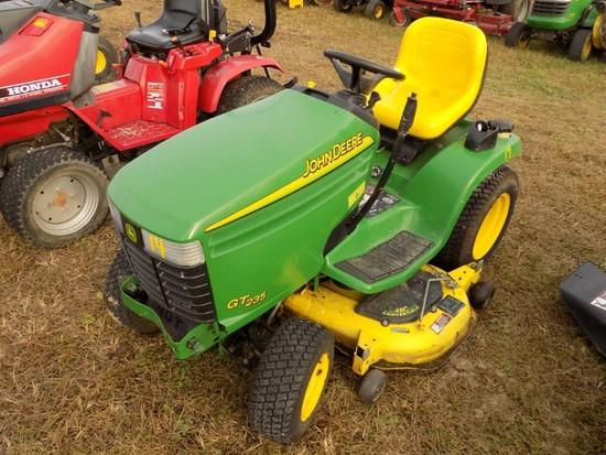 JD6T235 Garden Tractor w/48'' Deck, Hydro, s/n 061906