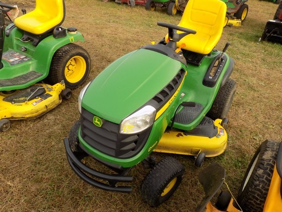JD D140 Lawn Tractor w/48'' Deck, hydro, 184 Hours  (Clint)