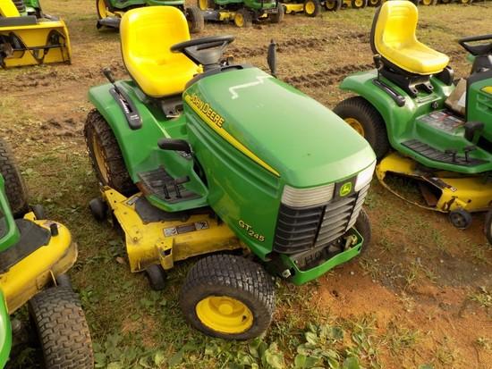 JD6T245 Garden Tractor w/48'' Deck hydro, 1400 Hours, s/n D60161