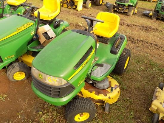 JD LA115 Lawn Tractor w/42'' Deck