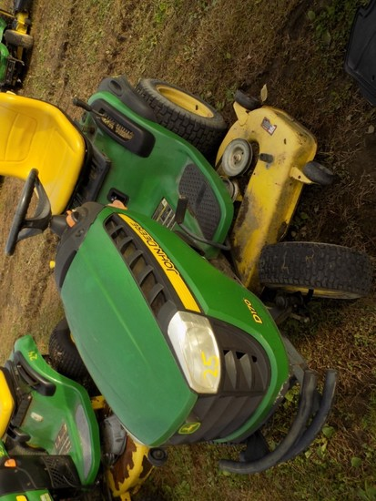 JD D170 Garden Tractor w/48'' Deck, Hydro, 312 Hours