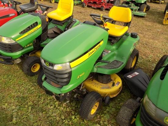 JD X300 Lawn Tractor, Hydro, w/42'' Deck, 529 Hours
