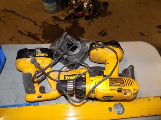Dewalt 18V Tools, Drill, Recipricating Saw & Charge w/ (2) Batteries