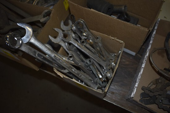 Box Of Large Quantity Of Combination Wrenches, Mostly SAE