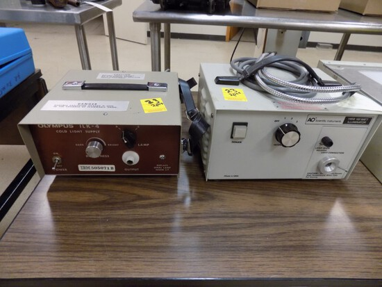 Olympus & A.O. Scientific Cold Light Supply Machine