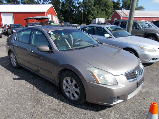 2004 Nissan Maxima 4DSN, Leather, Auto Trans., Sunroof, Pewter, 118,049 Mi.
