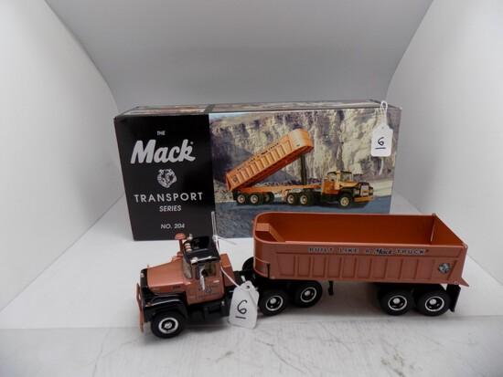 1st Gear The Mack Transport Series, No 204, Model R600 w/ Dump Trailer, ''1