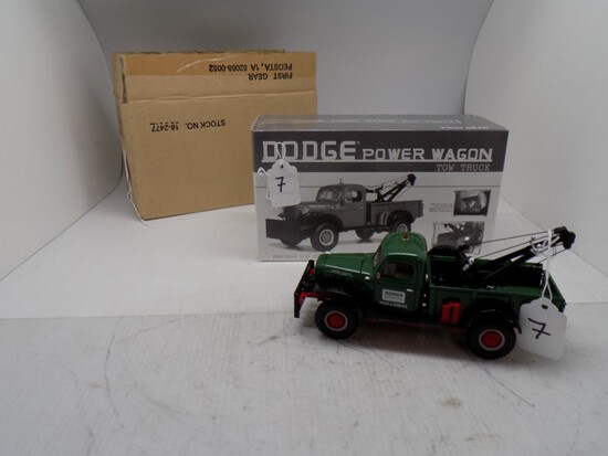 1st Geat Dodge Power Wagon Tow Truck in 1:30 Scale, ''Dodge Top Rated Truck