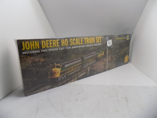 John Deere HO Scale Train Set by Athearn, Sealed in Box (38)
