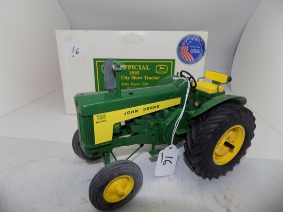 John Deere 730 Standard w/Fixed Front Axle, Plastic Model in 1/16 Scale by