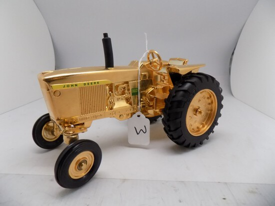 Golden John Deere 3020 in 1/16 Scale by Ertl, 6-94 Summer Exhibitor (9)
