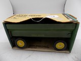 John Deere Wagon in 1/16 Scale by Ertl, #529