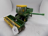 John Deere 6600 Combine in 1/32 Scale by Ertl, Light Played With Condition