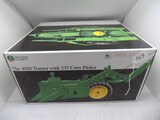 Precision Classics (14), The 4020 Tractor w/237 Corn Picker, in 1/16 Scale