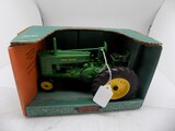 John Deere ''G'' Narrow Front Tractor in 1/16 Scale by Ertl, Fort Plain FFA