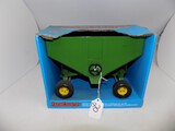''Farm Country'' Gravity Feed Wagon in 1/16 Scale by Ertl, #5061