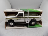 John Deere Dealer Pickup Truck in 1/16 Scale by Ertl, Looks like an S-10, s