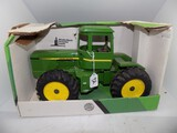 John Deere 4WD Articulating Tractor in 1/16 Scale by Ertl, No Model #, #550