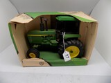 John Deere 4255 Row Crop Tractor in 1/16 Scale by Ertl, #5583