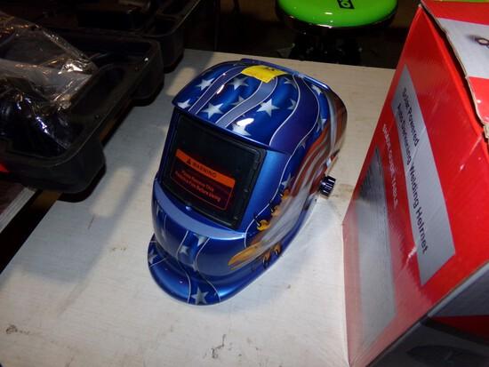 New Auto Darkening Welding Helmet - No Box, Small Dent in Front/Top