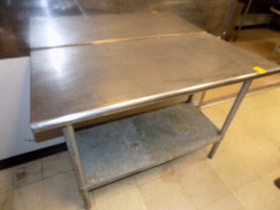 SS Work Table w/ Bottom Shelf, 48'' Wide x 24'' Deep, Bull Nosed