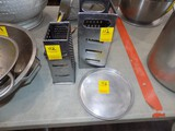 (2) Cheese Graters & Small Aluminum Pan