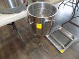 Stainless Steel Free Standing Champaigne Bucket