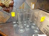 (11) Tall Beer Glasses (11x Bid Price)