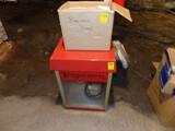Popcorn Machine w/ Box of Popcorn Bags