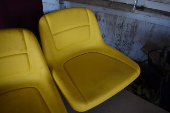 Lawnmower Seat  (5890)
