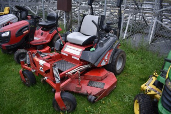 Ferris IS 2000Z Zero Turn Mower, w/ 61'' Deck, 778 Hours, S/N 2013946884, H
